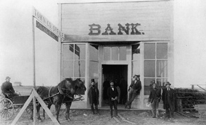 Encyclopedia of the Great Plains | Banking